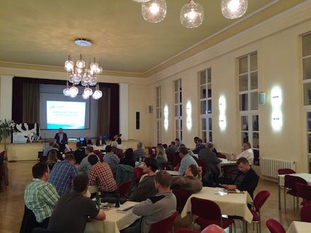 Begru____ung_der_Ga__ste_zur_Veranstaltung_Landwirtschaft_in_der_Krise.jpg